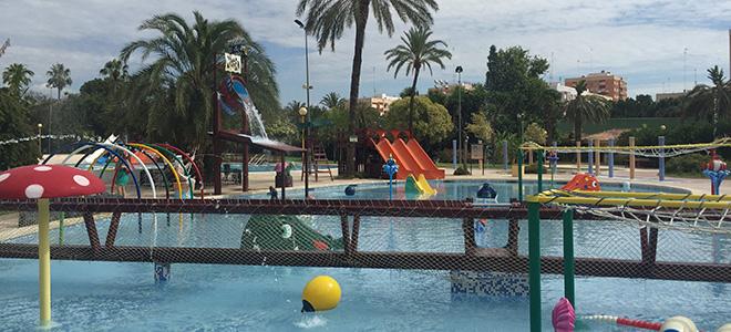 Piscina parque de benicalap love valencia for Precio piscina municipal