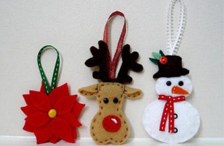 Taller de decoraci n de navidad en el muvim love valencia - Adornos colgantes de navidad ...