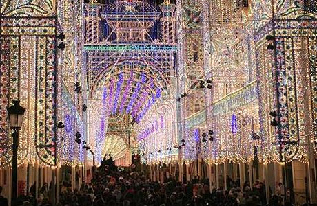 Iluminaci n fallas 2014 love valencia - Iluminacion en valencia ...