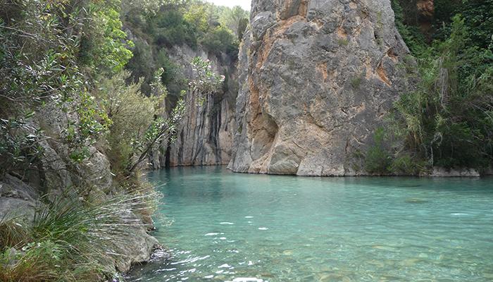 Piscinas naturales en valencia love valencia for Albercas naturales