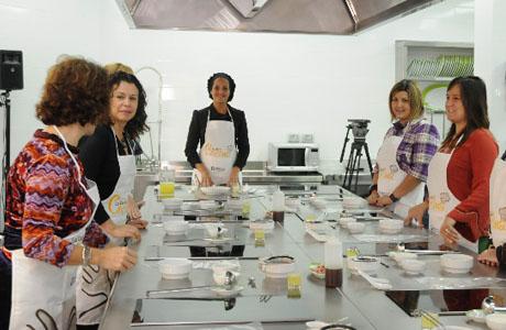 Curso de cocina las provincias ii edici n en valencia for Clases cocina valencia