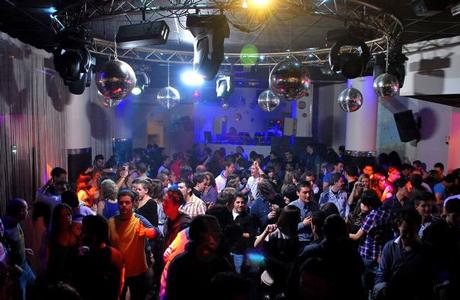 discotecas para universitarios en valencia love valencia