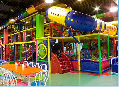 Parques infantiles en valencia ciberfallas fallas y for Piscinas de bolas para bebes