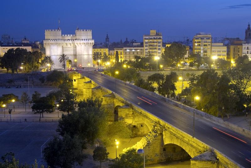 Puente de serranos love valencia for Fotos antiguas de valencia