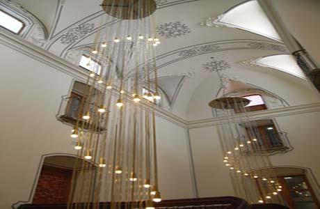Palacio del marqu s de huarte love valencia - Lamparas para escaleras ...