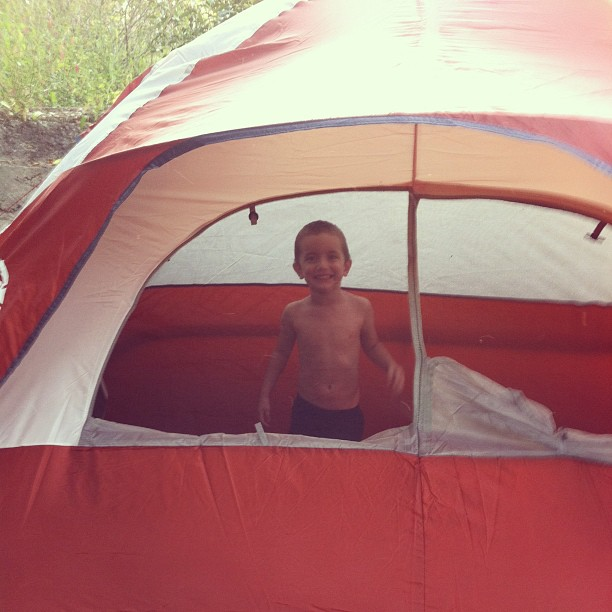 Just pitched the tent #lovevalencia
