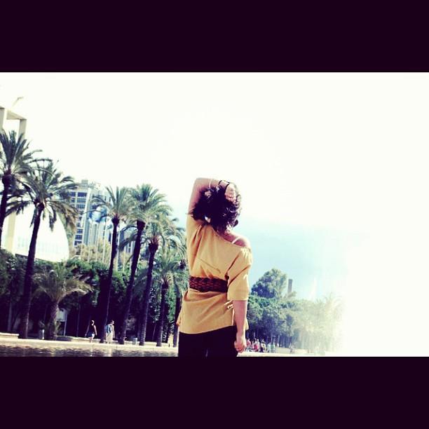 """Esta vez dejame ser feliz"" #chica#valencia#love#lovevalencia#turia#girl#happy#times#octubre#yellow#amarillo#feliz#friends#no#problems#sunny#days#instacool#instagram#picoftheday#instamood#hot#days#españa#spain"