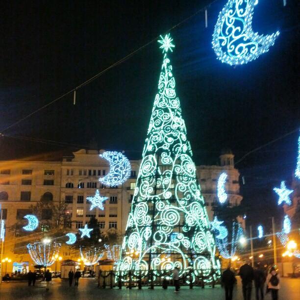 #photochallenge #capturedecember day 11: light. The Christmas tree in Plaza del Ayuntamiento