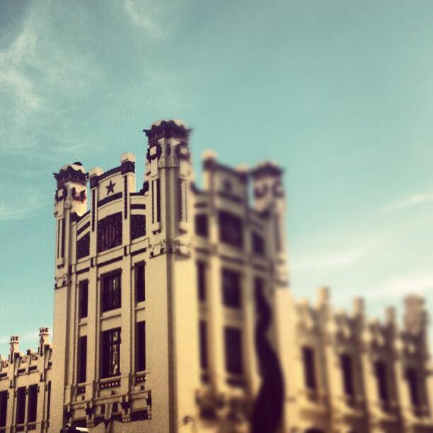 #lovevalencia #valencia #edificios  #tren #estaciondetren #viaje #elnord #estaciondelnord