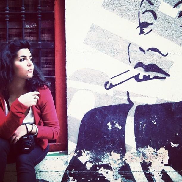 Barrio del Carmen~Valencia #valencia#love#lovevalencia#my#city#of#heart#te#quiero#foto#photoshoot#guapa#chica#foto#preciosa#rojo#rebeca#red#drawing#pickoftheday#instagood#instacool#instalove