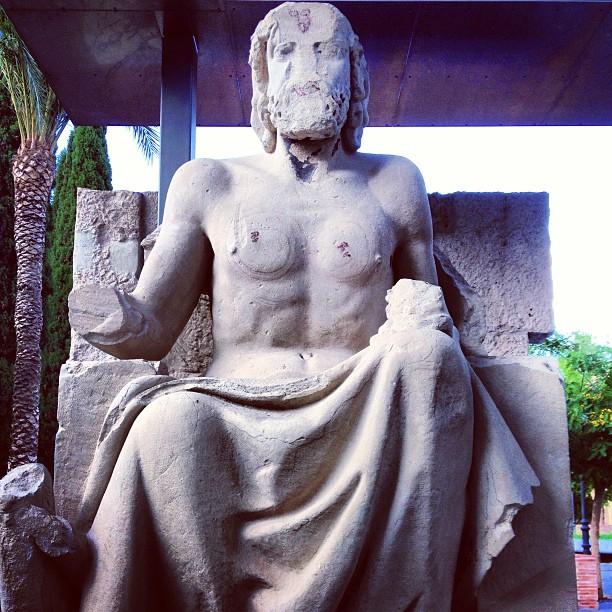 Bon dia a tod@s, por un martes mitológico. I ? myths and legends