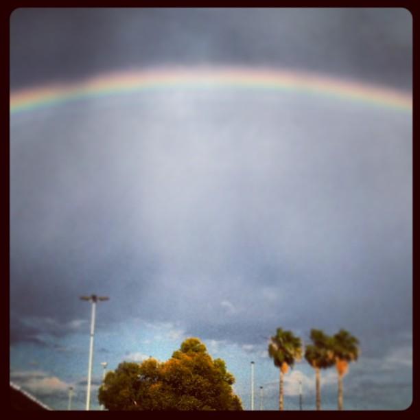 Arco iris ???? en #valencia #rainbow #lovevalencia #beautysky