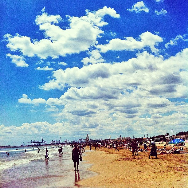 Día 280. #365project #365 #project365 #photoaday #instagood #iphonesia #iphone #instagramer #instagramers #instadaily #photoftheday #photooftheday #picoftheday #love #lovely  #instamood #instalove #clouds #cloudy #cloudporn #beach #summer #beachporn