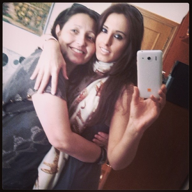 #me #with #my #mum #love #forever #friends #cute #girl #glamour #in #valencia #city #lovevalencia #house #home #brother #family #instapick #instacool #instacute #moment #of #love ;)