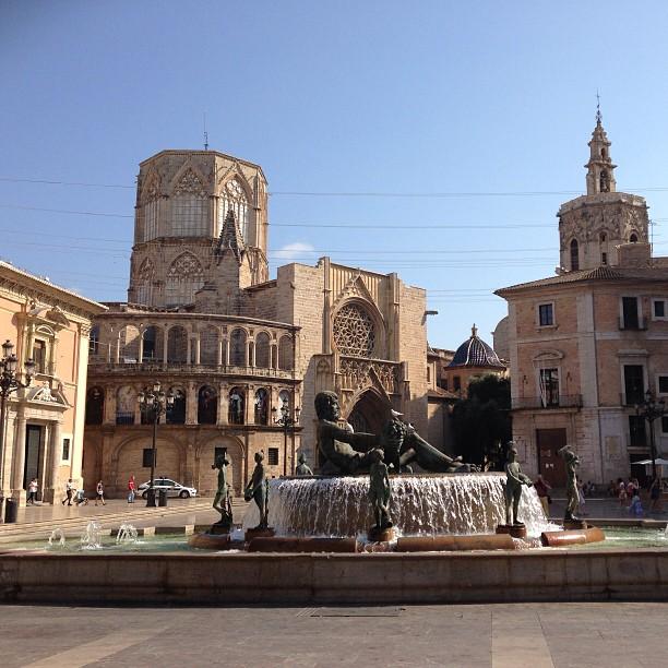 Plaza de la Virgen, Valencia #sinfiltros #lovevalencia