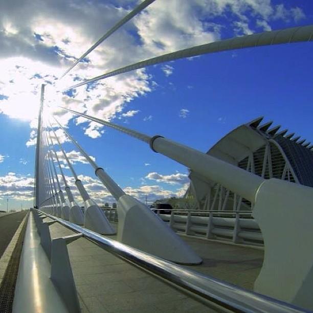 #alvaropg #puentedelassut#ciudaddelasciencias #ciudaddelasartesylasciencias #enfocae #envalencia #enamoravalencia #gopro#ig_valencia #instavalencia #lovevalencia#