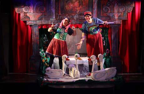 El patito feo en el Teatro La Estrella