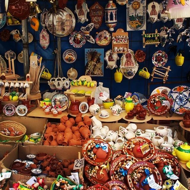 Mercado de L'Escuraeta #tradicion - #ceramic #market #tradition #Valencia #valenciagram #valenciagrafias #lovevalencia #igersvalencia #igersvlc #instagramersgallery #travel #travelpics #travelgram