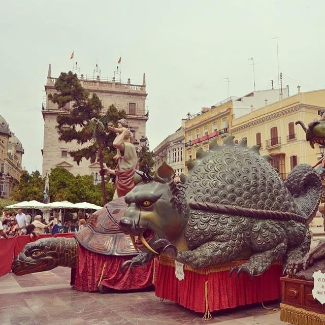 Las Rocas en la Plaza de la Virgen.  Celebración del Corpus Christi.  Valencia #lovevalencia  #Turismovalencia  #lasrocas #corpuschristi #fiestasenvalencia