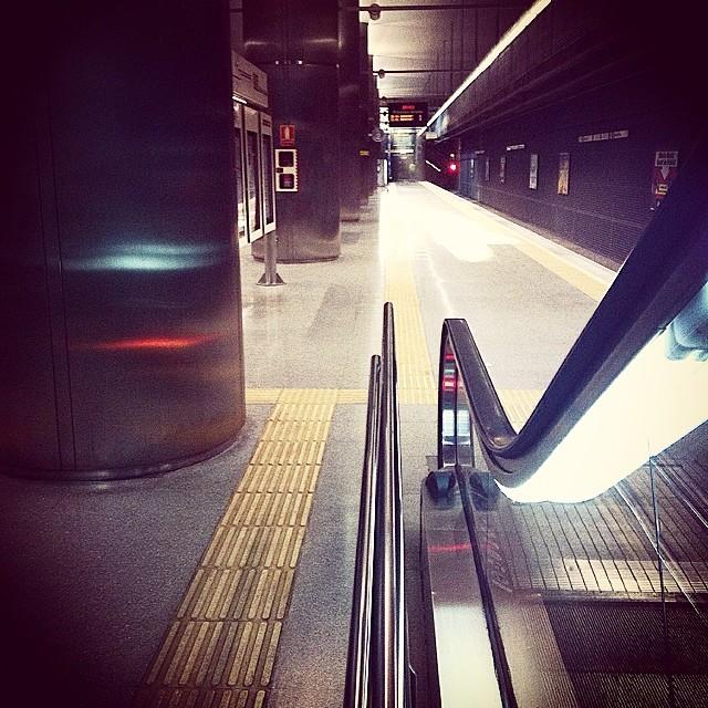 #mussol78 #metrovalencia #subway #valencia #valenciagram #valenciaenamora #lovevalencia #ilovevalencia #inst_international #estaes_valencia #estaes_universal #estaes_españa #estaes_todo #comunitatvalenciana #fotomovil_es #ig_valencia #stairsandsteps
