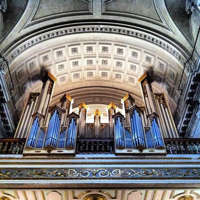 #mussol78 #iglesiadelacompañia #iglesia #órgano #valencia #valenciagram #valenciaenamora #ilovevalencia #lovevalencia #estaes_valencia #estaes_españa #estaes_todo #comunitatvalenciana #insta_international #ig_valencia