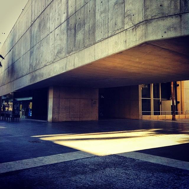 #mussol78 #museo #muvim #museum #hormigón #valencia #valenciagram #valenciaenamora #lovevalencia #ilovevalencia #inst_international #comunitatvalenciana #estaes_valencia #estaes_universal #estaes_todo #estaes_españa