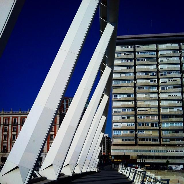 #mussol78  #puente #bridge #calatrava #valencia #valenciaenamora #lovevalencia #ilovevalencia #valenciagram #estaes_valencia #estaes_españa #estaes_todo #estaes_universal #calatrava