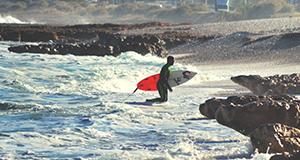 hacer surf en las playas de valencia