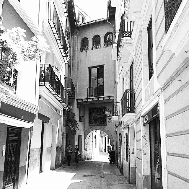 #mussol78 #portal de la #valldigna #valència #valenciagram #valenciaenamora #valenciagrafias #loves_valencia #lovevalencia #estaes_valencia #estaes_espania #comunitatvalenciana #instagood #instagramers #instamessage #insta_international #placeofworld #ig_europe #blancoynegro #blackandwhite #bnwgallery #bnw_captures #igersarchitecture #fotoclub_ab #fotomovil_es #photoiphone