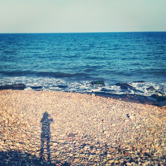 Nel blu dipinto di blu #skyline #landscape #paradise #summer #sunset #shadow #person #beach #mediterranean #sea #hombrecitos #spiaggia #instalike #fotomovil_es #picoftheday #worldwide_shot #turisbrand #turismospain #wu_spain #viewerspain #ig_valencia #ig_italia #ig_europe #perfectshot #estaes_valencia #estaes_espania #lovevalencia #10likes