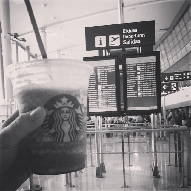 Starbucks pour me consoler #lovevalencia #Hastaluego
