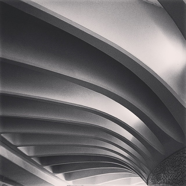 #mussol78 #estacion de #metro #calatrava #valència #valenciacity #valenciagram #valenciaenamora #valenciagrafias #lovevalencia #loves_valencia #estaes_valencia #estaes_espania #alameda #instagood #instagramers #instamessage #insta_international #placeofworld #ig_europe #igersarchitecture #followback #fotomovil_es #blancoynegro #blackandwhite #bnwgallery #bnw_captures