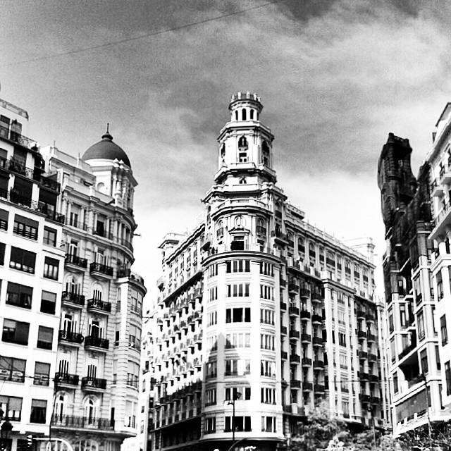 #plazadelayuntamiento #building #architecture #Valencia #blackandwhite