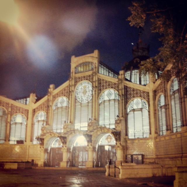 Solo iba a cenar #noche #mediterraneo #valencia #ciudad #verano muy #fan #lovevalencia