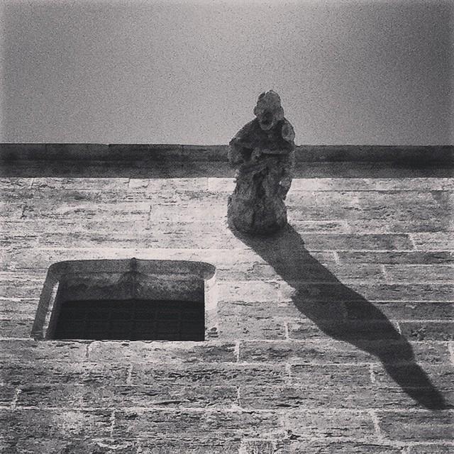 #mussol78 #gargola #catedral de #valència #valenciagram #valenciaenamora #valenciagrafias #lovevalencia #loves_valencia #estaes_valencia #estaes_espania #instagood #instagramers #instamessage #insta_international #ig_europe #igersarchitecture #placeofworld #blancoynegro #blackandwhite #bnwgallery #bnw_captures #followback #fotomovil_es