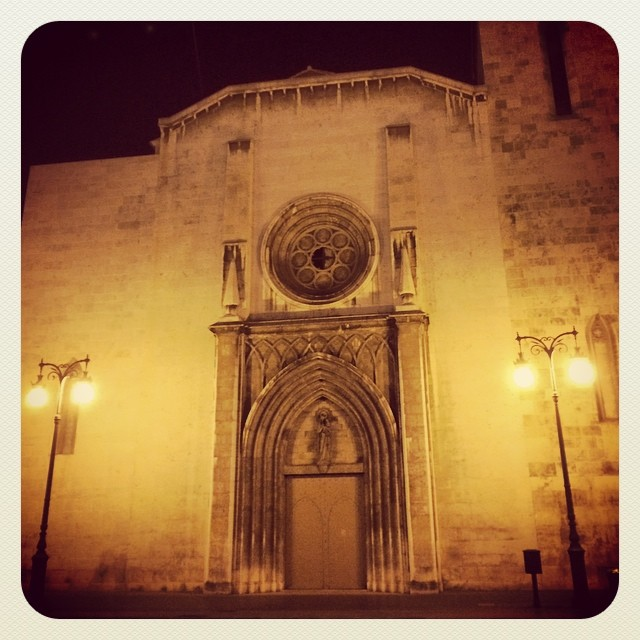 Valencia at night #valencia#parroquiasanagustin#loves_spain#lovevalencia#ig_valencia