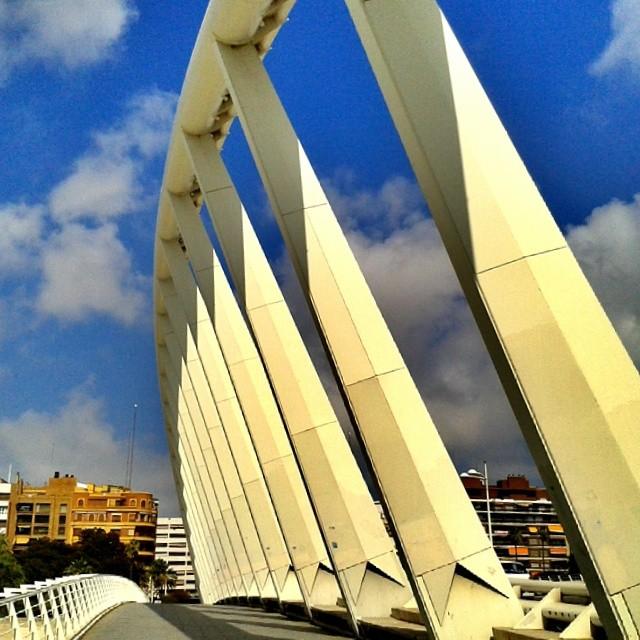 Pont de l' Exposició #Valencia #bridge #architecture