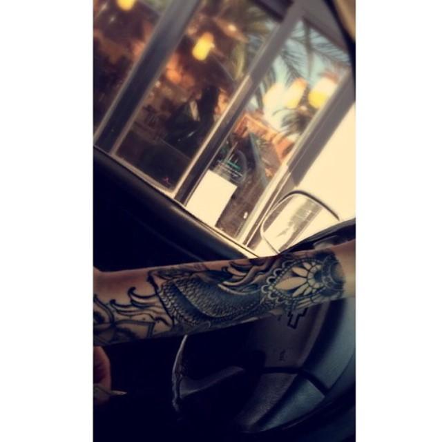 Starbucks drive thru's.. The best ?????? || PC ???? @breannasmets #DayOffWithHer #ThousandOaks #Valencia #AllOverrr #Silveradooeee ????????????
