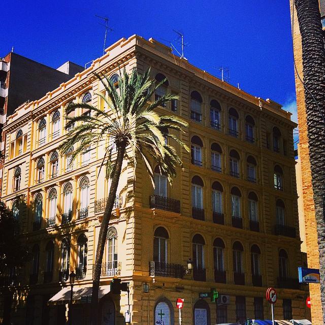 #mussol78 #alameda #valència #valenciacity #valenciagram #valenciaenamora #lovevalencia #loves_valencia #estaes_valencia #estaes_espania #instagood #instapics #instamessage #instalife_shot #insta_colourfull #insta_international #placeofworld #ig_europe #ig_valencia #ig_architecture #iphonepics #followback