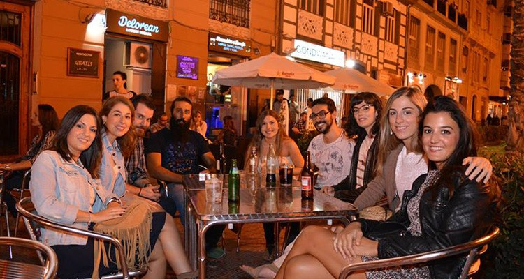 Delorean Lounge Ruzafa