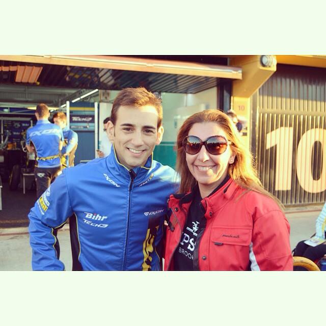 Gracias @rickycardus88 guapísimo en persona!!! #cheste #vacances #valencia #motogp #moto2 #lovevalencia #rickycardus #moteros #motera #moterosdezaragoza