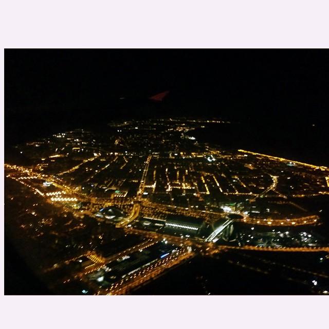#vuelta #valencia #noche #avion #lovevalencia