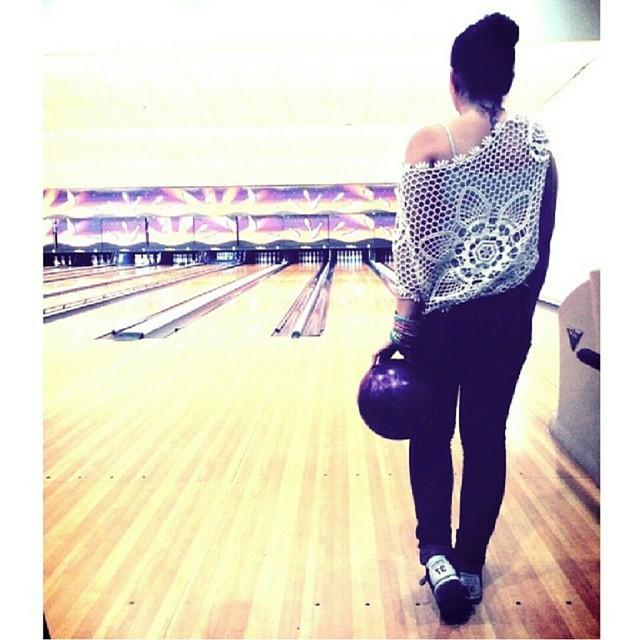 Bowling time #bowling #heroncity #valencia #valenciagram  #lovevalencia #tattooaddict #ink #tatuajesfemeninos #tatuaje #girlytattoo #inked #tattoolovers #tatuajes #butterflytattoo #tattoo #spain #españa