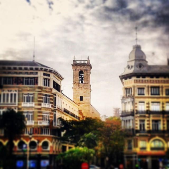 #Valencia #plazadelaReina #SanMartin #iglesiaSanMartin #calleSanVicente #LaSeuXereaMercat #CiutatVella #cascohistóricodeValencia #Valenciaantigua #Valenciaantiga #loveValencia