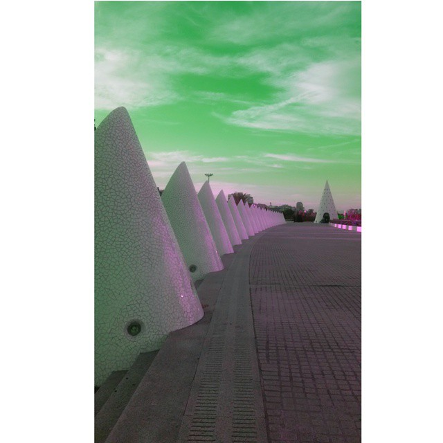 #valencia #lovevalencia #ciudaddelasciencias #beautiful #colorsplash #colors #Cielo #skylovers