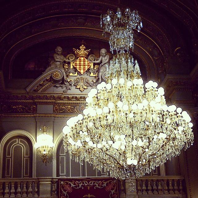 Pocos Ayuntamientos pueden presumir de tener un salón de cristal como este.  #valencia #valenciaeslomas #Valenciaesbonitalamirespordondelamires #lovevalencia #vlc #igersvalencia #ayuntamientovalencia #picoftheday #valenciagram