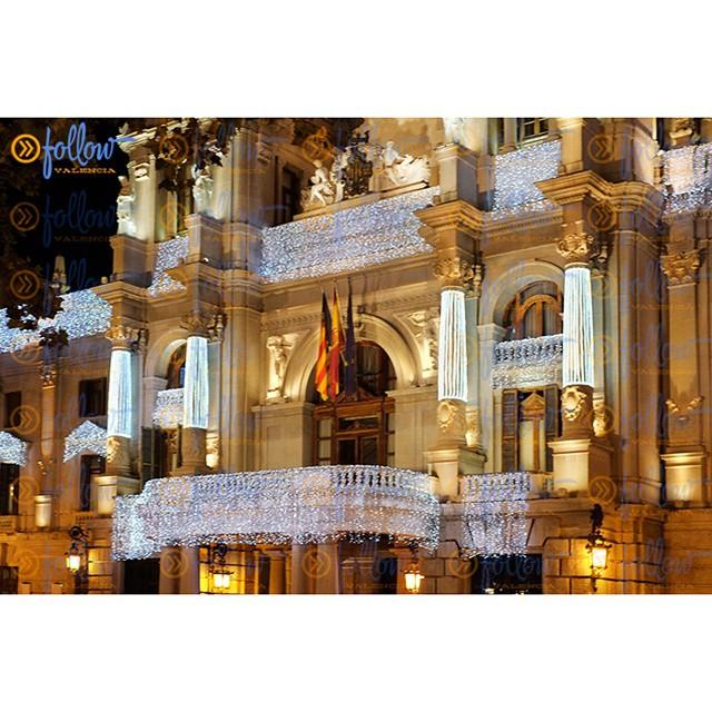 City Hall of Valencia at #Christmas  #spain #visitSpain #Valencia #visitValencia #followValencia #enjoyValencia #IloveValencia #estaes_valencia #estaes_espania #valenciaenamora #thebestpicture #envalencia #comunitat_valenciana #comunidadvalenciana #valenciaterraimar #ig_valencia #spain_gallery #photooftheday #lovevalencia #España #TurismoValencia #VisitaValencia #tourism #igs_world #valenciagram #cityhall #cityhallsquare