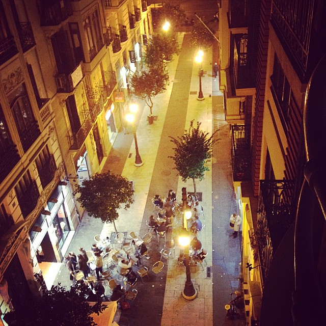 #mystreet #lovevalencia #bynight #colors