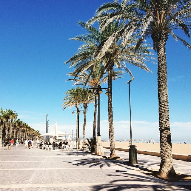 Te extraño ???????? #teextraño #valencia #espana #valenciagram #espana2013 #lovevalencia #fotomovil_es #valenciaenamora #goodidea #espagne2013 #spain #urban #city #urbano #turismospain #navidad #valenciaterraimar #visitavalencia #ilovevalencia #verano #verano2013 #vacaciones #summer #calor #playa
