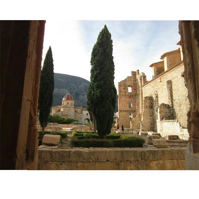 Monasterio de Santa María de las Valldignas #valencia #valterraimar #igersvalencia #lovevalencia #valenciagram #travel #españa #spain #monasteriovalldignas #valldignas